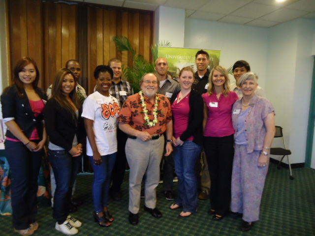 Gov. Abercrombie with Chancellor Hinshaw and APEC Interns