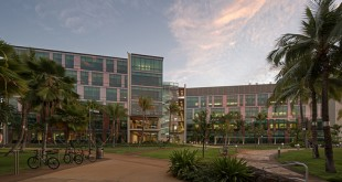UH Cancer Center building