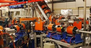 "The free-electron laser FELIX at the FOM Institute for Plasma Physics Rijnhuizen (nl), Nieuwegein, The Netherlands. Credit: ""China Crisis"" CC."