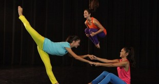 From left, Monica Mariiko, Andrea Martinez and Tiana Wong in SHAZAM! Dance + Science. (photo by Chesley Cannon)