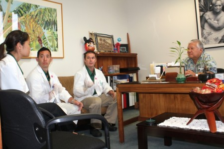 Med students meeting with Representative Nishihara
