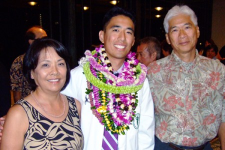 Aaron Hoo and his parents.