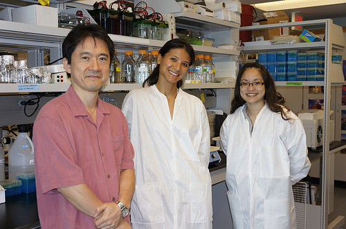 Dr. Matsui with Genia Taitano and Monica Katz in the Matsui Lab.