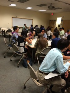 Career Night physicians continue to offer additional wisdom and advice to JABSOM students during the post-event dinner.